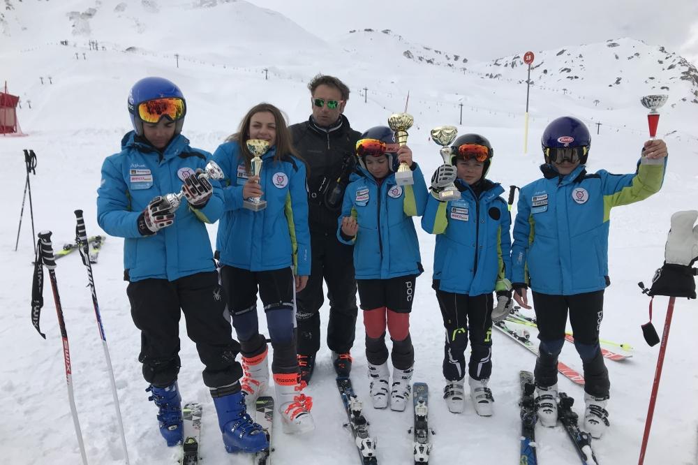 Double 6 pour le ski club du Lioran